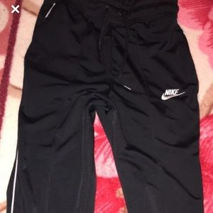 Nike pants size Xs in boys or girls